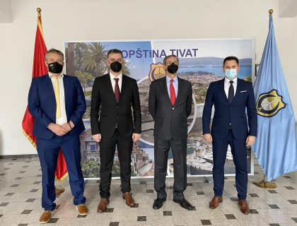 Ambassador of the Republic of Italy visits the Municipality of Tivat-post_thumbnail